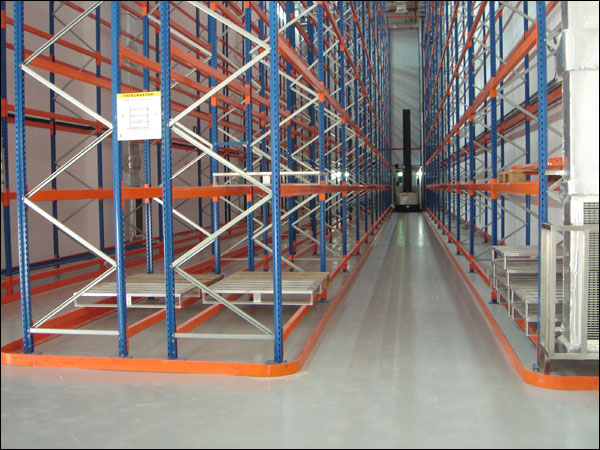 flowcrete-warehouse