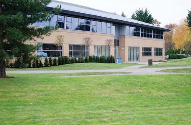 new-larger-nmhg-europe-headquarters-in-surrey-uk