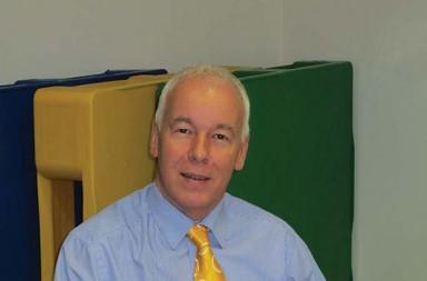 1.-Jim-Hardisty,-Managing-Director-of-Goplasticpallets.com