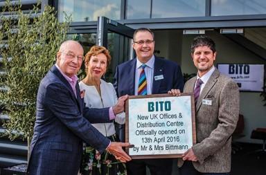 Mr-and-Mrs-Bittman-with-Edward-Hutchison-and-Jason-Austin-of-Bito-UK[7]