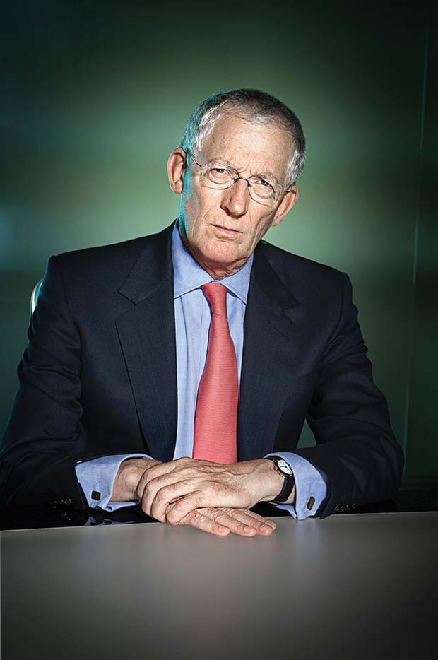 Nick_Hewer
