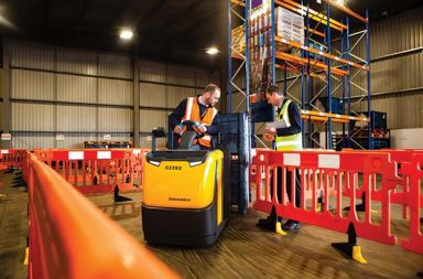 Risks_increased_by_unaccredited_in-house_forklift_training_warns_RTITB_a[6]