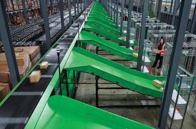 bs-handling-installed-a-vertical-crossbelt-sorter-into-clipper-swadlincote4