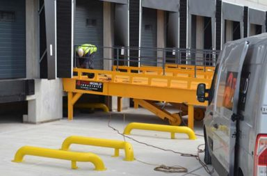 Thorworld advises… 'healthcheck your loading bay' for a safer and more efficient winter